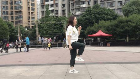 想1分钟学会鬼步舞,一定要有耐心,一步一步练习不要着急!