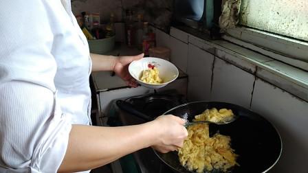 西红柿炒蛋的做法 做一道菜忆一段往事 走过那片海生活印迹