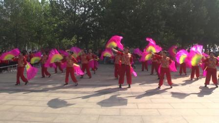火火的中国梦 群英广场舞表演队