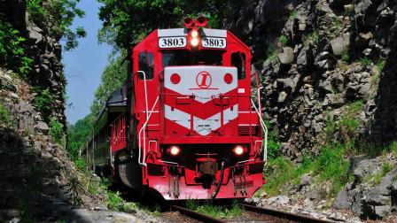 """火车轨道旁挂着的""""禁止双弓"""",到底有何作用?很多人不懂"""