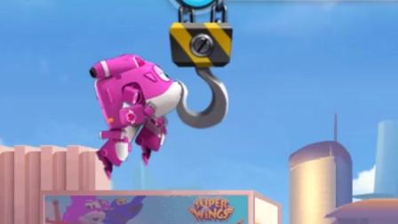 超级飞侠:小爱努力加速,奋力冲向终点