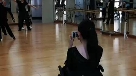 深圳阳光之约舞蹈团排练拉丁舞