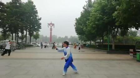 晨练传统杨式太极拳(2)