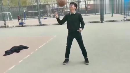 至今为止模仿蔡徐坤打球最上心的一个