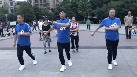 鬼步舞第一课《奔跑》,每天坚持跑一跑,轻松减肥!