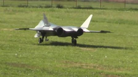 RUSJET的Su-57涡喷模型飞机飞行表演