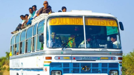 """印度研发""""牛粪""""公交车,一天消耗八吨牛粪,号称领先中国十年"""