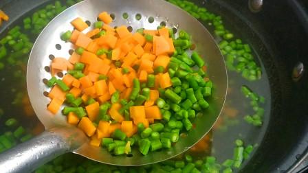 教你一个胡萝卜好吃的做法,鲜辣脆爽,越嚼越香,下酒又下饭