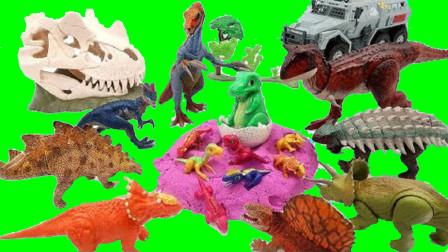 大卡车把恐龙运到沙滩上拆恐龙蛋 恐龙妈妈找小恐龙