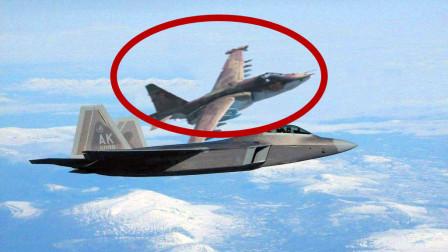 """""""再不滚开就一起下地狱!"""" 飞行员被美军言语激怒 加速撞向F22"""