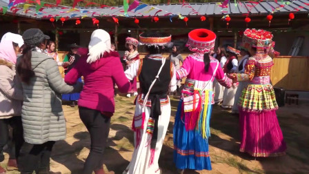 我们傈僳族不是身体在跳舞,而是灵魂在跳舞