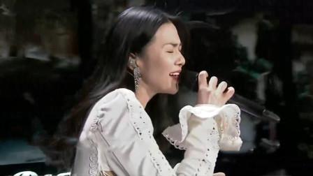今年全网最难翻唱的歌,谭维维怒音一吼,连王力宏都差点没震住
