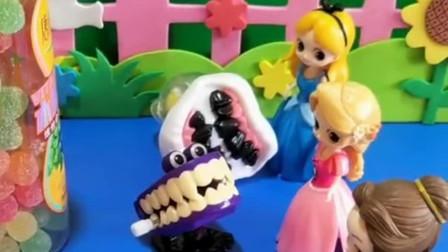 少儿益智亲子玩具:白雪应该给三位小公主分糖吃吗?你怎么看?