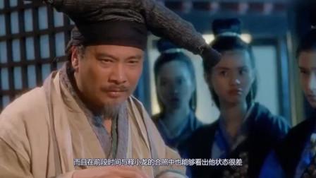 66岁吴孟达近照令人担忧 ,满头白发走路需人搀扶