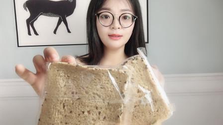 瘦了30斤的妹子教你3点,挑选减肥能够吃的全麦面包