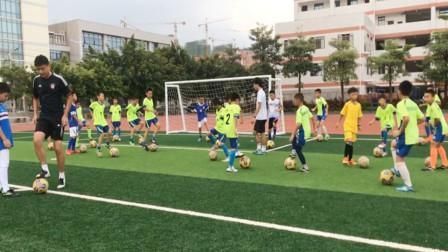 足球小子的日常训练!成功的路上没有捷径,只有不断的练习