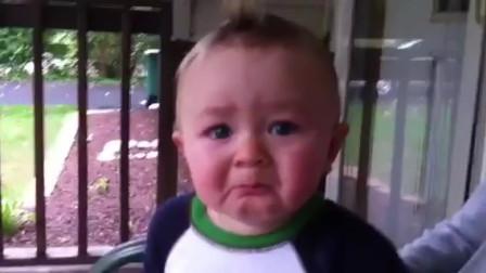 【时光小可爱】由奇怪到紧张到惊恐到落泪,小宝宝完美诠释!