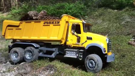 黄色大卡车在森林中运送垃圾,儿童颜色学习!