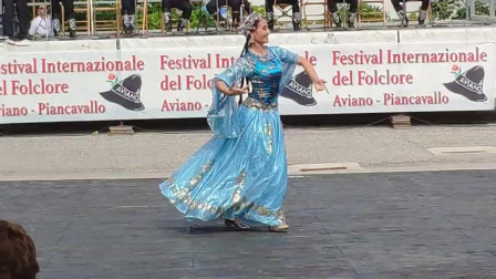 舞蹈家迪丽娜孜《独舞》太美啦