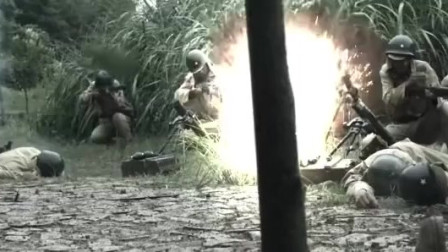 土匪故意放鬼子进山寨,趁机偷袭鬼子炮兵,关门打狗啊