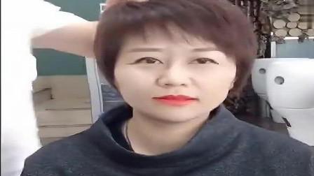 女人过了40岁,一定要剪一款这样的短发,减龄而又有气质