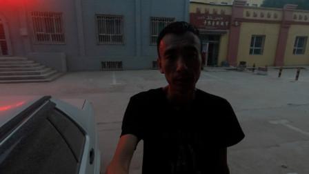 临沂小伙自驾去新疆,车在民丰停了1夜就这样了