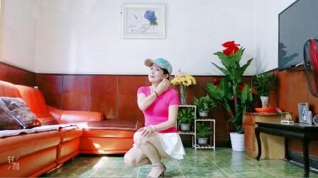 静儿舞蹈网红流行舞曲《寂寞爱上了眼泪》正背面