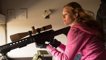 美国女兵扛起比自己还大的狙击枪,1000米射杀目标,指哪打哪