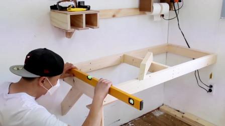 迷你木工房如何释放空间,看看别人家的木工桌事如何上墙的