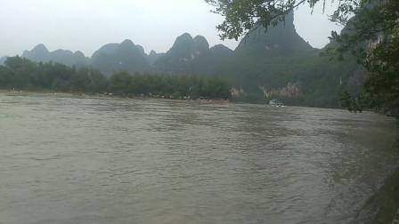 桂林山水甲天下,漓江山水