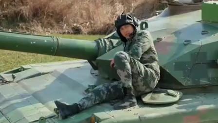 陆战之王:坦克出现故障,没人查的出,兵王溜一圈,立马找到问题