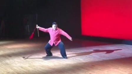傅清泉51杨式太极剑