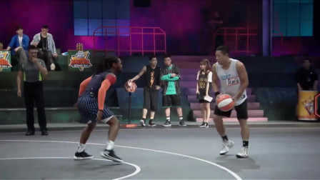 """我要打篮球:""""魔王""""竟被""""钢炮""""打零蛋?两记三分瞬间反超"""