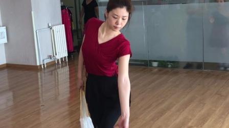 古典舞《左手指月》,舞姿优美,简单易学,适合零基础