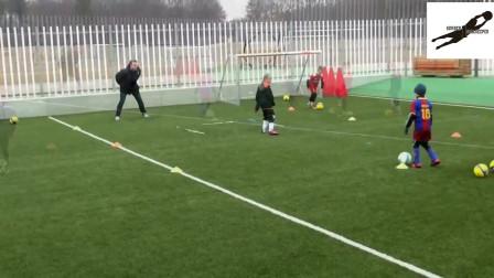 国外U青少年足球技巧训练教学视频40集
