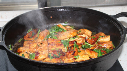 爱吃红烧豆腐要收藏,这种做法简单,豆腐又香又入味,上桌被抢光