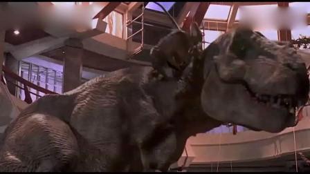 侏罗纪公园:两条小龙不知死活挑战霸王龙,结果被霸王龙瞬间秒杀