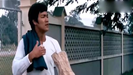论身手敏捷就服李小龙, 电影中这个立正跳的记录, 至今无人打破!