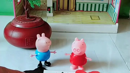 宝宝喜欢玩具:你们希望王子继续做一个善良的人吗