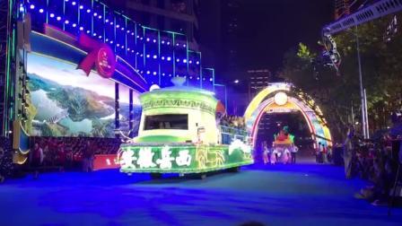 上海旅游节开幕!现场直击淮海路花车大巡游