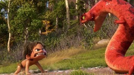 再厉害的巨蟒, 碰到这样不怕死的小野人, 也得认输