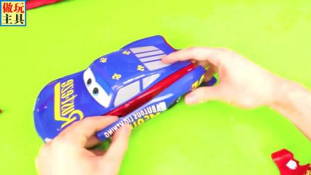 很可爱的叉车,漂亮的赛车玩具