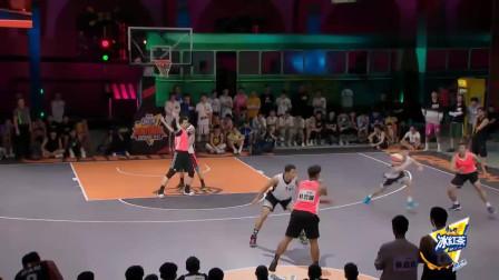 """我要打篮球:""""科比门徒""""李观洋轻松得分,林书豪:白队可以抢"""
