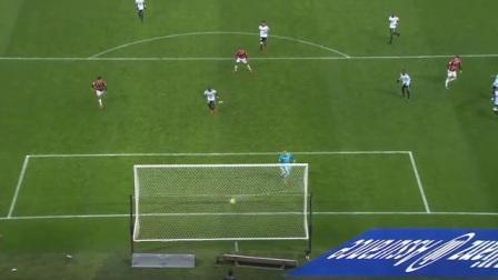 接到球后在对面防线没成型前要果断射门!