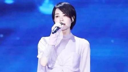 王菲唱《我和我的祖国》为何被骂?听完韩红演唱版,终于知道答案