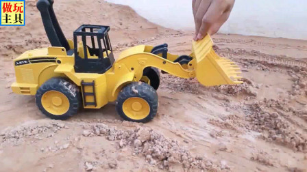 励志挖掘机在干活,完美