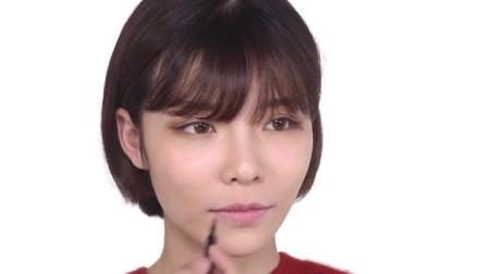 化妆小技巧:日本超火爆的爱心唇画法