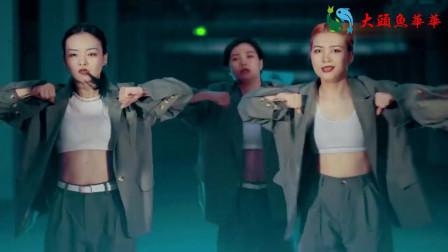 中国人自己的超级舞团,外国人瞬间输了