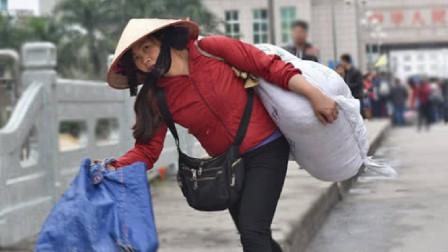 越南丈母娘来中国看望女儿,一下火车就迷茫了:这里真是中国?