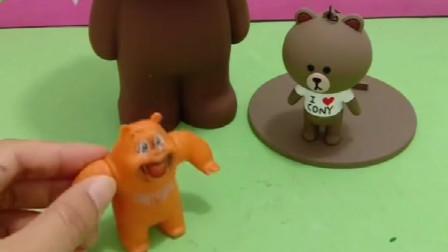乔治冒充熊,还喜欢欺负小朋友,被熊大熊二嫌弃